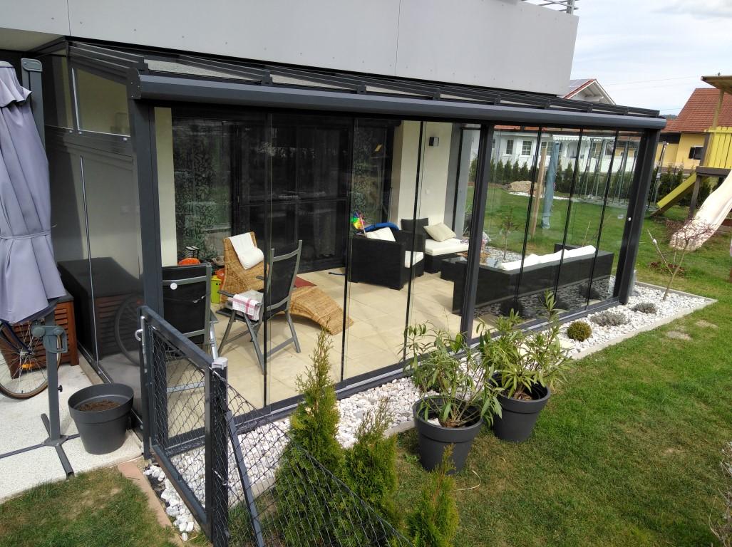 Terrassenüberglasung mit Rahmenfreien Schiebeelementen